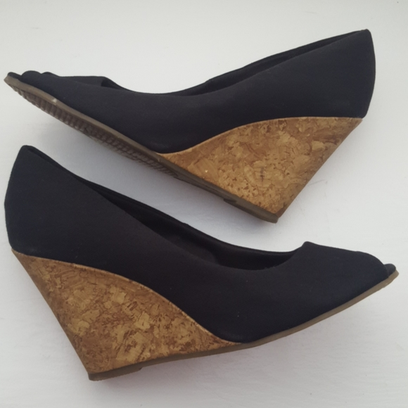 American Eagle Black Wedge Shoes - Size 8W